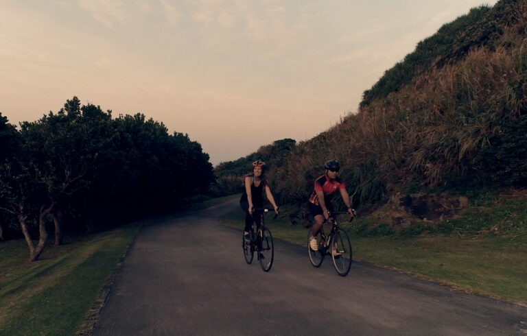 ロードバイクでサイクリング